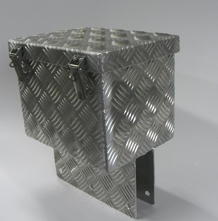 Alumiinisen akkukotelon mallikappale